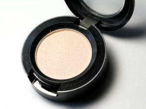satin eyeshadow, eyeshadow finishes