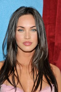 Megan Fox, oval face shape