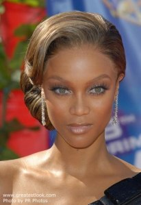 Tyra Banks, inverted triangle face shape