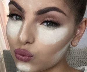 Makeup baking
